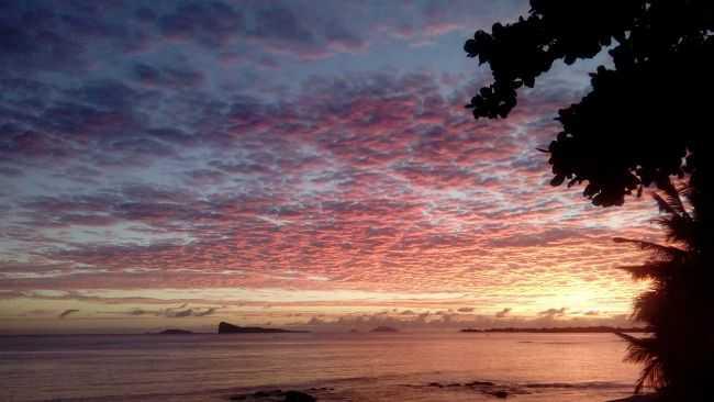 lever du soleil tropical
