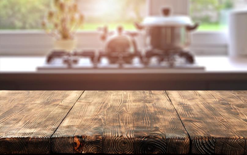 Table en bois récupéré