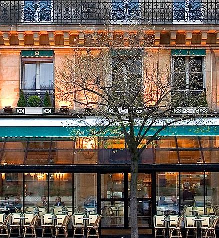 Café Deux Magots en février. Photo par Rita Crane Photography