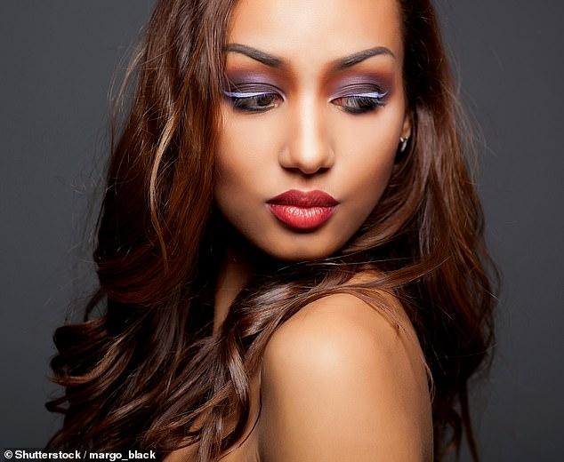 Elsa McAlonan présente une sélection des meilleurs produits cosmétiques pour lèvres lèvres (image du fichier)
