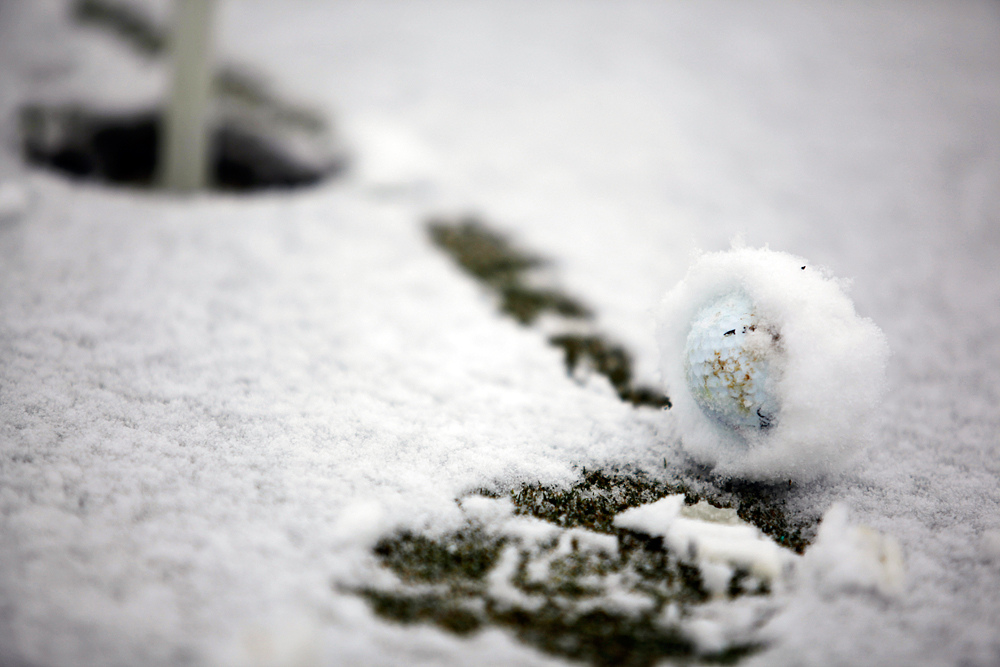 "snow-golf-ball ""width ="" 1000 ""height ="" 667 ""srcset ="" https://www.golfdiscount.com/blog/wp-content/uploads/2016/01/snow-golf-ball.jpg 1000w, https://www.golfdiscount.com/blog/wp-content/uploads/2016/01/snow-golf-ball-300x200.jpg 300w, https://www.golfdiscount.com/blog/wp-content/uploads /2016/01/snow-golf-ball-300x200@2x.jpg 600w ""tailles ="" (largeur maximale: 1000px) 100vw, 1000px ""/></p> <div id="