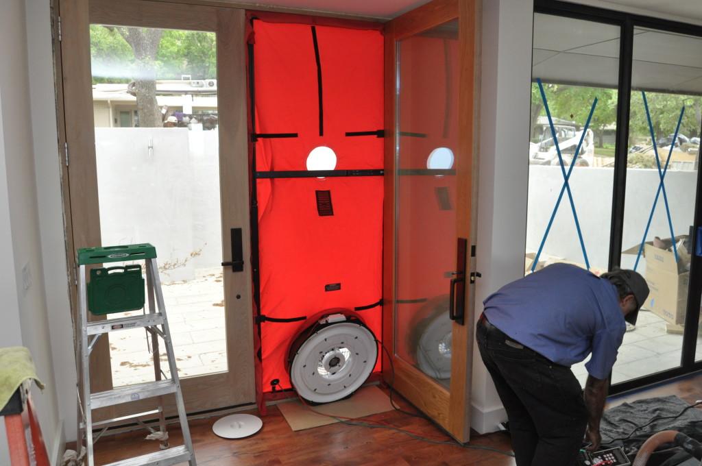 Le test des portes de soufflante est essentiel pour vous assurer que vous avez réellement construit une maison étanche.