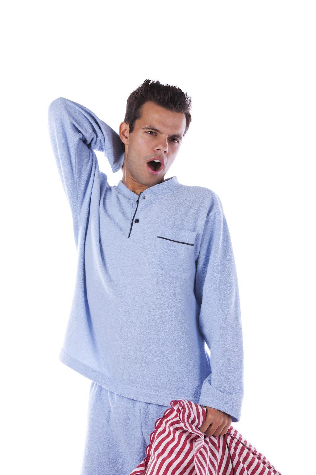 """meilleurs conseils pour bien s'habiller dans la quarantaine """"width ="""" 1024 """"height ="""" 1536 """"srcset ="""" https://i1.wp.com/bestlifeonline.com/wp-content/uploads/2018/01/pajamas.jpg? w = 1024 & ssl = 1 1024w, https://i1.wp.com/bestlifeonline.com/wp-content/uploads/2018/01/pajamas.jpg?resize=500%2C750&ssl=1 500w, https: // i1. wp.com/bestlifeonline.com/wp-content/uploads/2018/01/pajamas.jpg?resize=768%2C1152&ssl=1 768w """"tailles ="""" (largeur max: 1000px) 100vw, 1000px """"data-recalc-dims = """"1"""