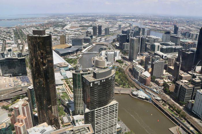 Une vue aérienne de Melbourne, y compris la rivière Yarra.