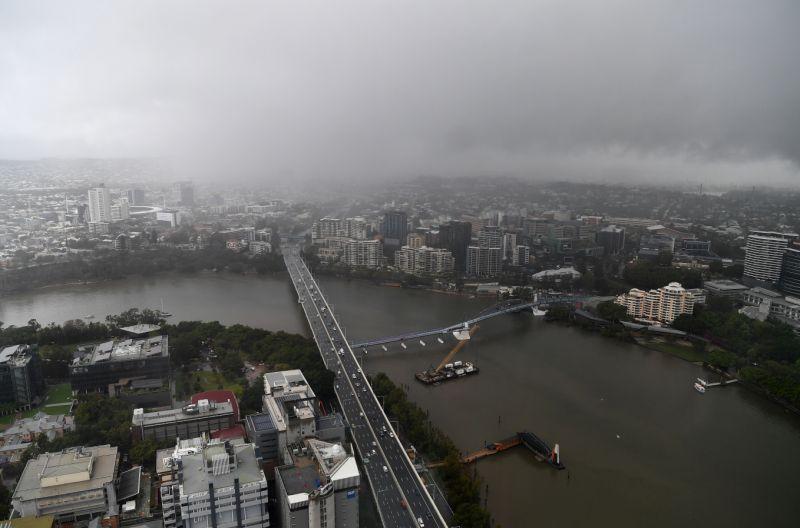 Brisbane devrait être frappée par des tempêtes cette semaine, tandis que les pluies les plus fortes tomberont dans le nord du Queensland. Source: AAP